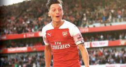Mesut attı, Arsenal kazandı